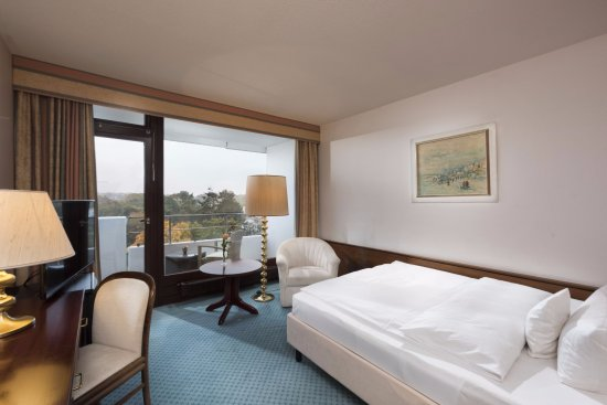 Maritim Seehotel Timmendorfer Strand: Single Comfort Room facing the park