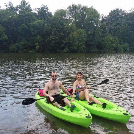 Winchester, TN: Fun in the sun