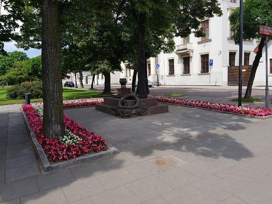 Grob Nieznanego Zolnierza
