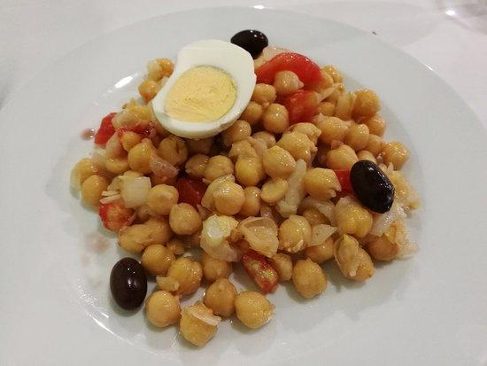 Empedrado de garbanzos - Restaurant VERNIS (La Cellera de Ter-Girona)