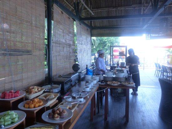 Saigon Domaine Luxury Residences: Breakfasts