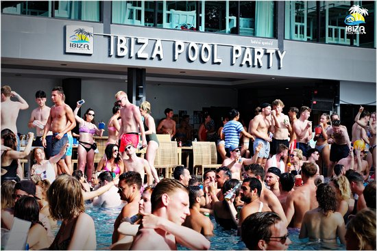 ‪Ibiza Pool Party - Phi Phi Island‬