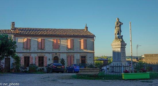 Plaza de Salvagnac