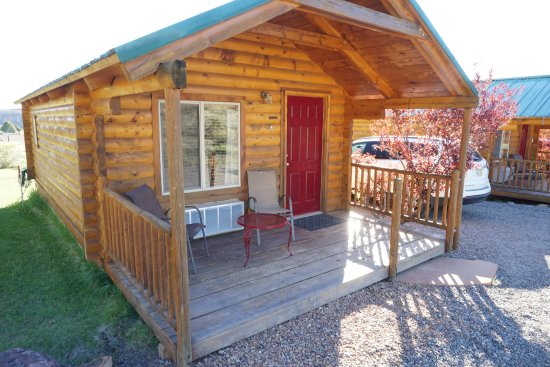 Cowboy homestead cabins updated 2017 prices campground for Torrey utah lodging cabins