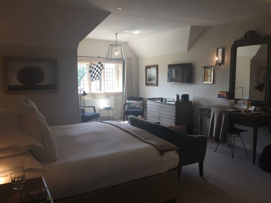 Painswick, UK: Fantastic room at the top of the hotel