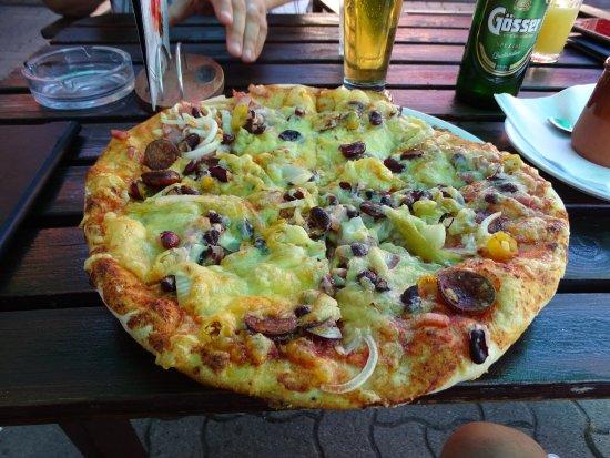 Mezőkövesd, Magyarország: pizza