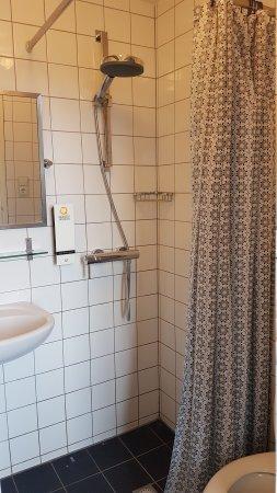 Quentin Amsterdam Hotel: 20170716_093900_large.jpg