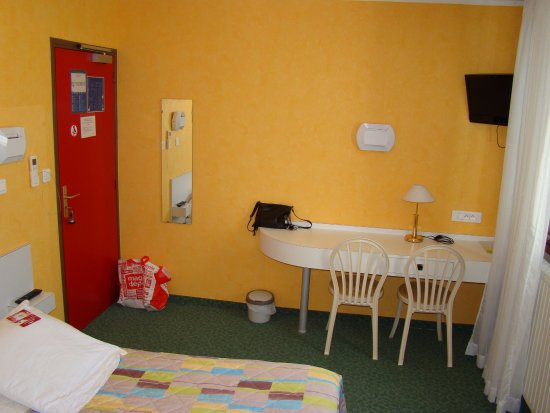 Chambre photo de les chenes sisteron tripadvisor for Chambre 0 decibel