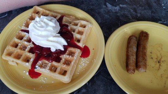 Girard, OH: cheryy waffle