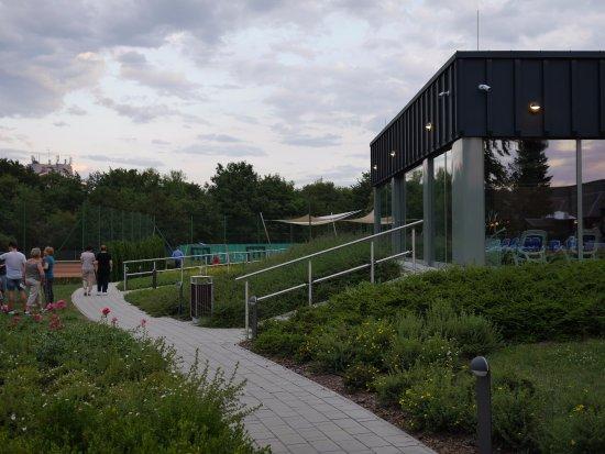 Danubius Health Spa Resort Bük: A kert egy részlete