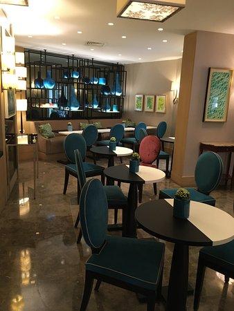 Hotel Balmoral Photo