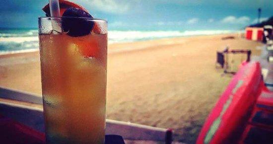 Cocktail in riva al mare...