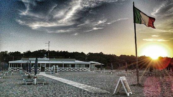 Lido Adriano, อิตาลี: Bagno Alessandra fronte mare