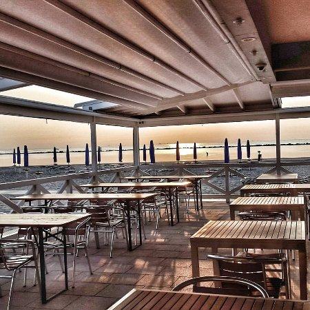 Bagno alessandra lido adriano italy updated 2018 top - Bagno marina beach lido adriano ...