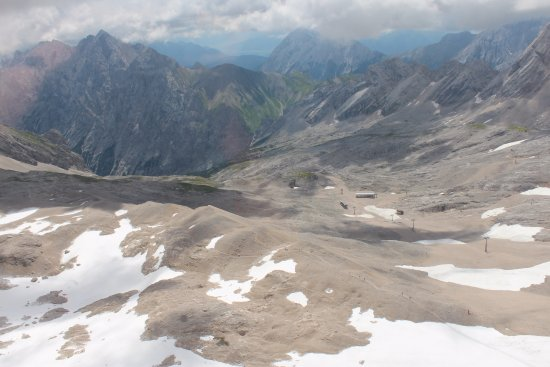Zugspitze : We had very little snow as it was summer