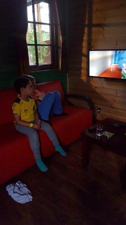 LEGOLAND Holiday Village: Mine drenge i Lego ninjago hytten.