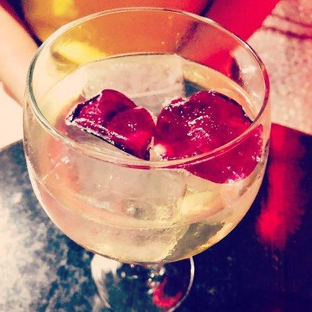 Chloe Bar: photo0.jpg