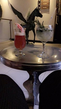 Barna, Ireland: Cocktails made by Barry from the bar