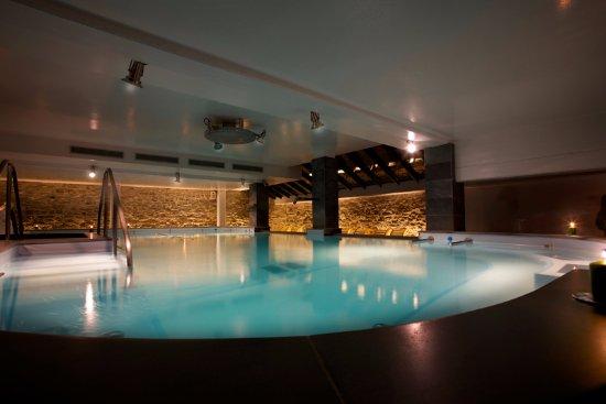 Piscina termale foto di grand hotel terme roseo bagno di romagna tripadvisor - Piscina termale bagno di romagna ...