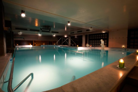Piscina termale foto di grand hotel terme roseo bagno di romagna tripadvisor - Grand hotel terme roseo bagno di romagna ...