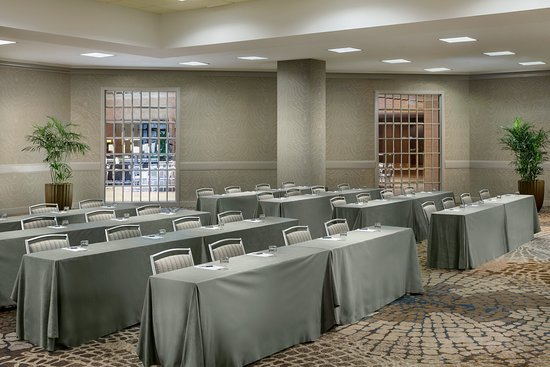 Itasca, IL: Gallery Ballroom