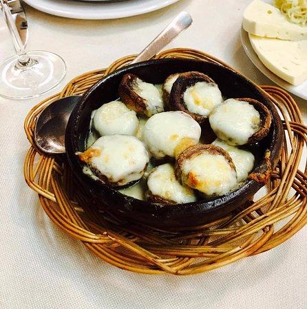 Mushrooms with Sulguni cheese