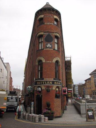 Belfast, Bittles Bar