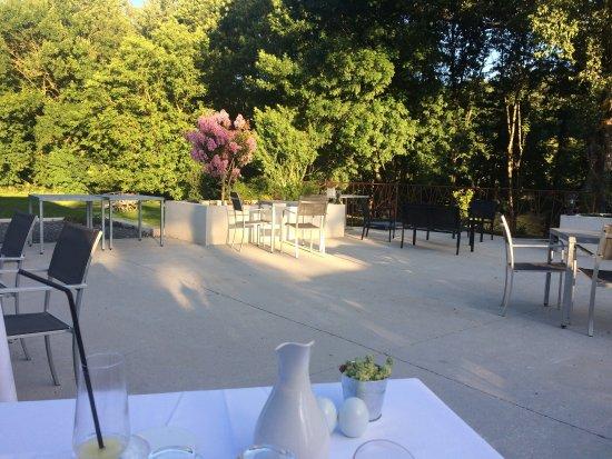 Burlats, Francia: Terrasse