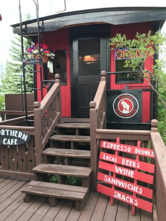 Great Northern Resort: Caboose entry.