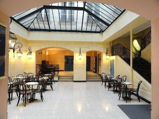 Bvj Paris Louvre Pensione (Parigi, Île-de-France): Prezzi ...
