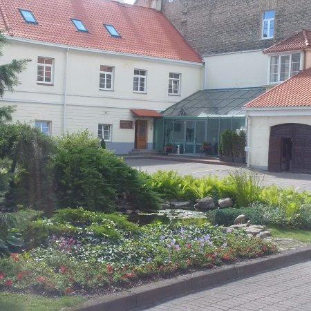 Mabre Residence Hotel : Uno degli ingressi camere opposti alla reception
