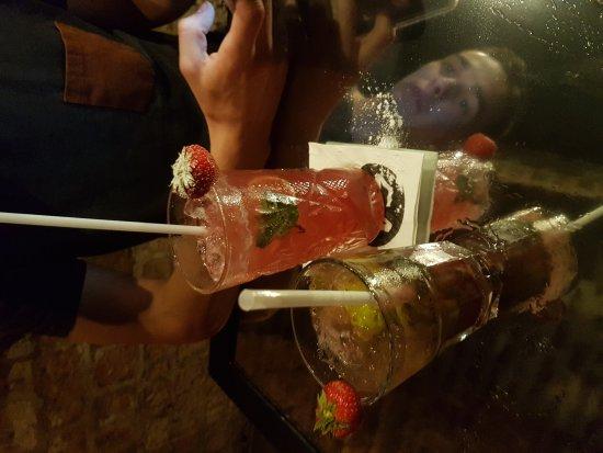 Arras, Frankrig: Studio 54 Cocktails & Pintxos Bar