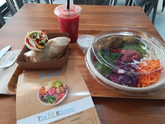 falafel bowl avec sauce tr s peu calorique photo de the fit kitchen nice tripadvisor. Black Bedroom Furniture Sets. Home Design Ideas