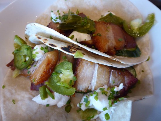 Pittsfield, MA: Pork belly tacos