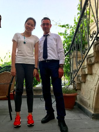 Yusuf Yigitoglu Konagi: with the cool receptionist