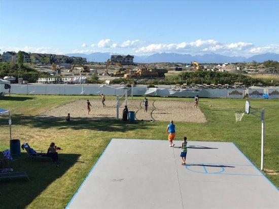 Tsawwassen, Kanada: Basketball and volleyball courts