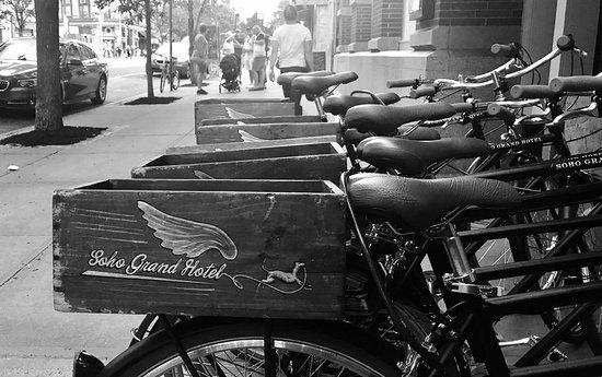 Soho Grand Hotel : Free bikes to cruise around Soho