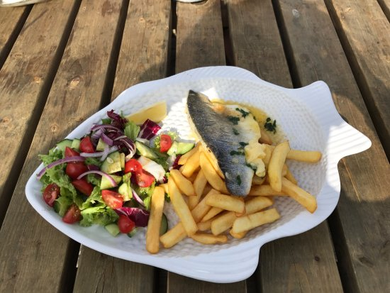 Seaview, UK: This was my Grilled Sea Bass.. Delicious :)