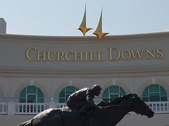 Churchill Downs: 20170717_111713_large.jpg