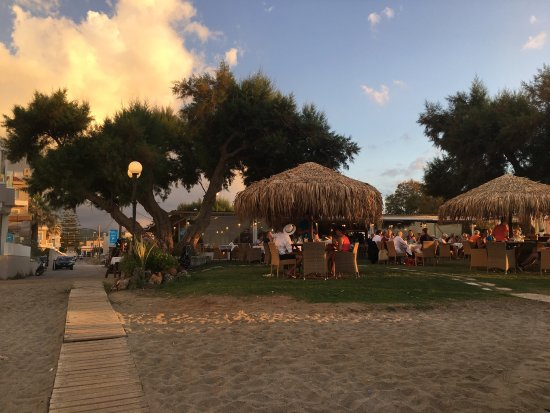 Kyano Beach Restaurant : photo2.jpg