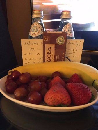 Kimpton Marlowe Hotel: complimentary treats from the hotel!