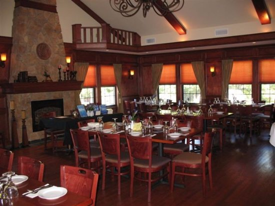 Briarcliff Manor, NY: Elegant Private Room Available for Parties, Family Functions or Meetings