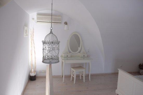 Archontiko Santorini: santorini suite
