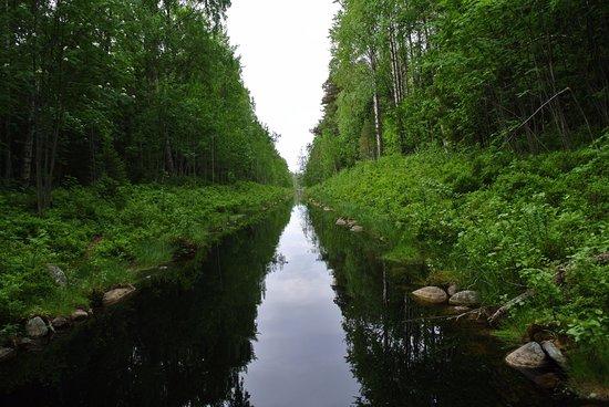 Solovetsky Islands, Russland: Самый длинный канал Малого круга - 400 метров