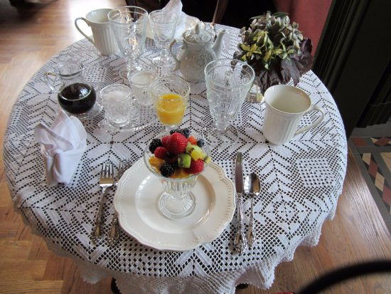 Silas W. Robbins House: Breakfast