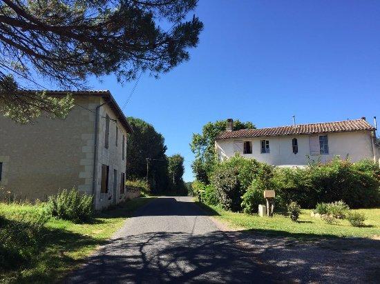 Capian, Frankrijk: Monerie village