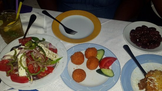 Geros Tou Moria The Cheese Balls Were Mouthwatering As For The Greek Salad