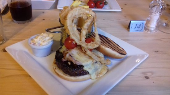Partney, UK: Burger @ The Red Lion
