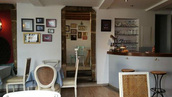 Restaurante tertulia en santiago de compostela con cocina otras cocinas - Muebles de cocina santiago de compostela ...