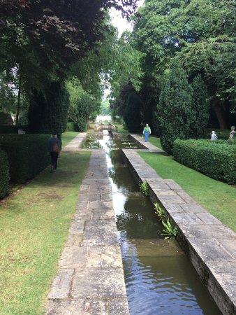 Faringdon, UK: the water garden down to the lake